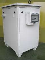 Caja con ruedas y protección mediante magnetotérmico.